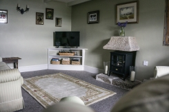 prospect-cottage-coverack-holiday-let-living-room